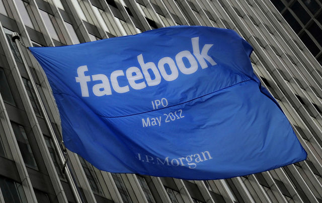 Facebook si quota in borsa IPO maggio 2012